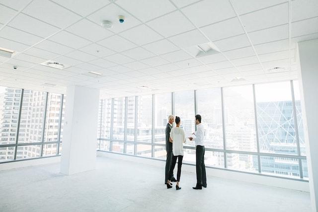 Pertanyaan Apa Yang Harus Anda Tanyakan Sebelum Menyewa Kantor