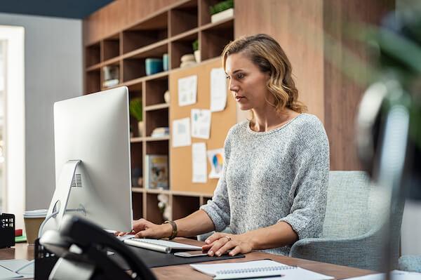 Alasan Mengapa Anda Perlu Pindah Dari Kantor Di Rumah Anda